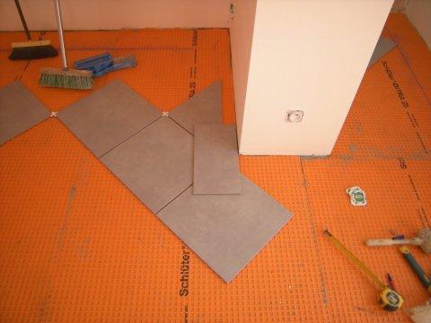 Artisan qualifié pour l'installation complète de carrelage pour une maison neuve Clermont-Ferrand